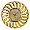 ساعة حائط  دائرية مزخرفة لون فضي ولون ذهبي - من ماي مارت