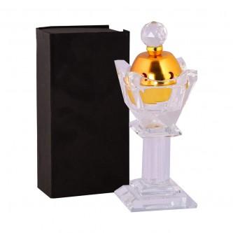 مبخرة كريستال شفاف مع غطاء ذهبي  وقاعدة شفافة .